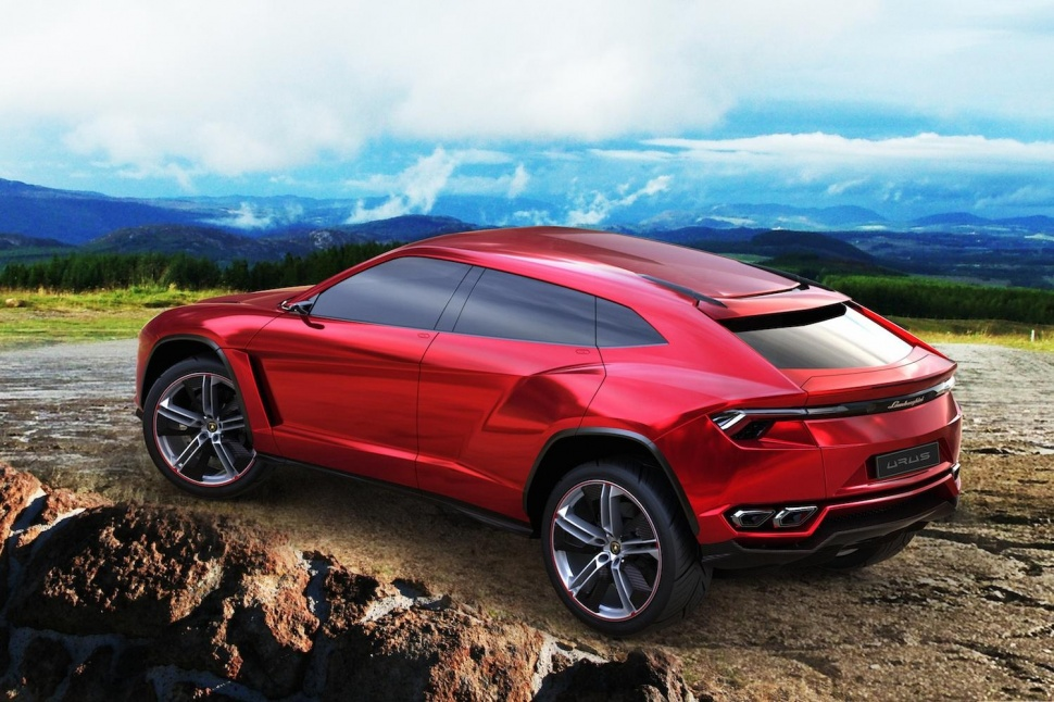 urus-on-mountain-3-970x646-c